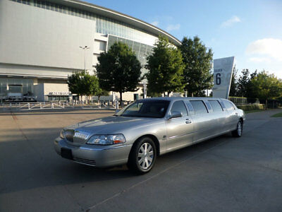 "2003 Lincoln Town Car LCW 100"" 5th Door Used Limousine Used Limo For Sal"