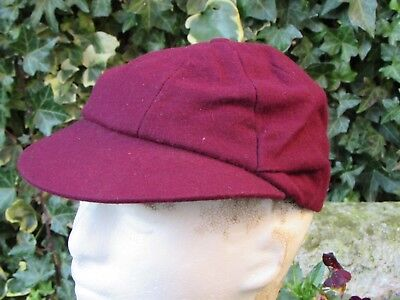 WW2 utility CC41 school boy's eight panel cap, maroon size 6 7/8