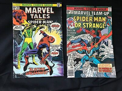 2 Vintage MARVEL COMICS GROUP Spider-Man Dr Strange SUPER HERO'S 1975 1976 Book