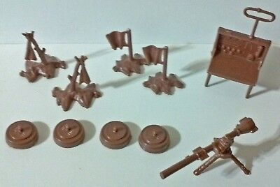 Marx Battleground Navarone small accessories - Toy Soldiers