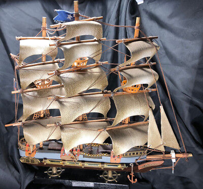 USS Constitution 1814 Vintage Model Ship Made By Enesco 1987