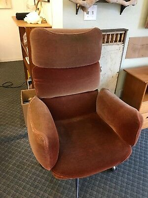 Vintage Knoll Otto Zapf red mohair Conference / Lounge Chair, 1970s Modernism