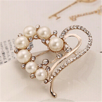White Golden Alloy Vintage Jewellery Explosions Pearl Heart Flower Brooch AG