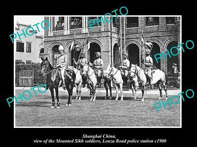 OLD LARGE HISTORIC PHOTO SHANGHAI CHINA, THE SIKH POLICE SOLDIERS c1900
