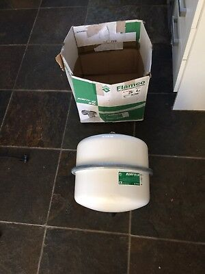 25 Litre Expansion Vessel For Potable Water 4 Bar Pre Charge Pressure New