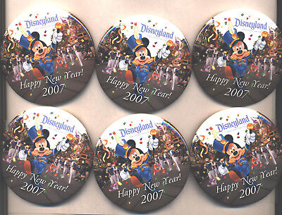 DLR Cast Working - Happy New Year 2007 - Mickey - 6 Buttons!