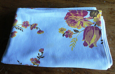Lovely Vintage Floral Cotton Tablecloth-51x72 (6489)