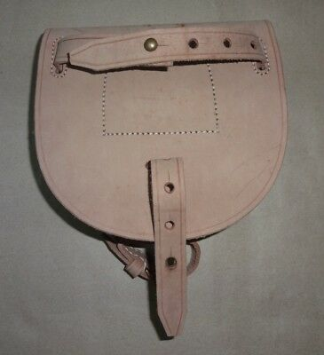Leather Horseshoe Case for WWI Aussie Rm37182