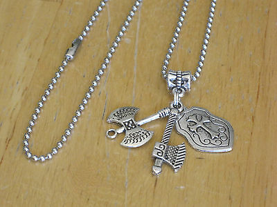Medieval Knight/Game of Thrones Pendant Necklace Silver-Tone Axe/Shield Men's+