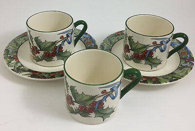 Le Hoix Gien France Christmas Holly Berry 3 Coffee Cups and 2 Saucers