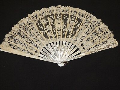 Victorian Cream Brussels Bobbin / Mixed Lace Hand Fan Gilt Mother of Pearl