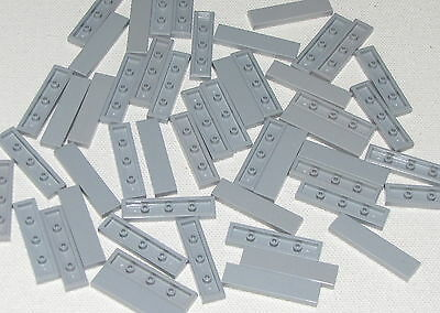 Lego Lot of 100 New Light Bluish Gray Tiles 2 x 2 with Groove Flat Smooth Parts