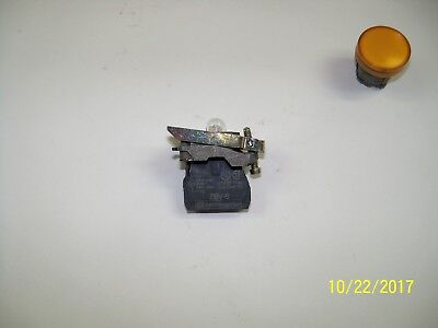 Telemecanique Pilot light assembly 2B4BV6 250 volt with ZB4B2009  and ZB4B05.