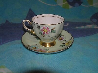 Vintage Tuscan FLOWER PATTERN England Bone China Tea Cup and Saucer