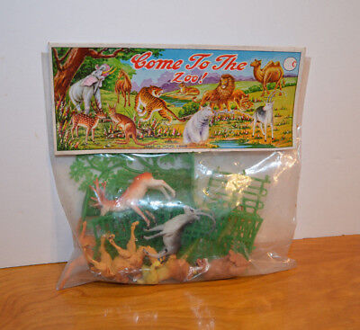 Vintage Plastic Animal Playset Hong Kong Rack Dime Store Toy Come To The Zoo