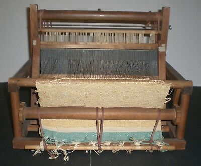 The Handcrafters Vintage Peacock Wooden Tabletop Weaving Loom Waupun Wi