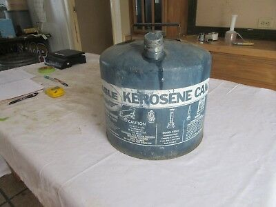 Vintage Eagle Blue 5 Gallon Kerosene Oil Gas can   Lot 18-89-3