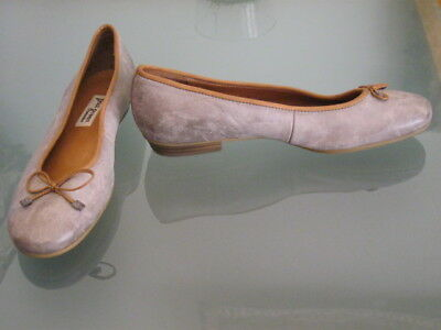 eda1b3bdf52  259 Paul Green Emile Ballet designer Flats pumps heels Moccasins women 8 -  8.5 1 of 9Only ...