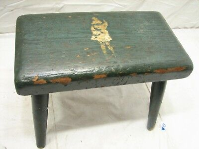 Early Butcher Block Wooden Milking/Foot Stool Bench Rest Primitive Farm Country