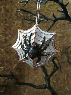 """Simply Fall 4"""" L Spider on Web Halloween Ornament or Tie On, Dual Purpose,  New"""