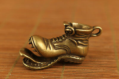 rare Old Bronze handmade shoes statue Netsuke collectable pendant