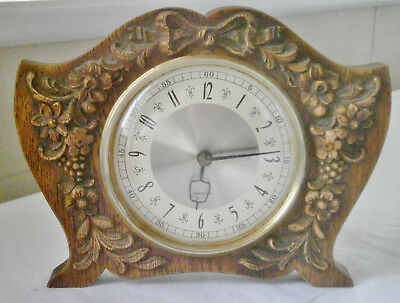 Vintage 1960s carved Wooden WESTCLOX Mantle Clock, fully working good condition