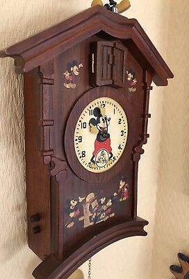 Rare LIMITED Edition Bradford Exchange Wooden Moving Mickey Mouse Cuckoo Clock