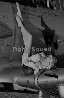 WW2 Picture Photo Black And White Airplane Pin Up Girl Vintage Retro 3037