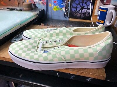 a188fb9e26 VANS AUTHENTIC ONE Pie (Havana Perf) Turtledove Size US 13 Men s ...