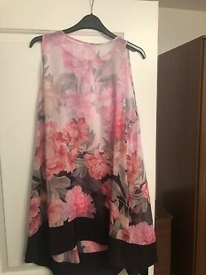 84d7373770 Ted Baker Adisonn Painted Posie Beach Cover Up Pink Size M/12