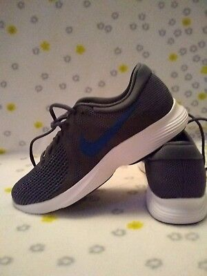 timeless design ba6dd 5dc09 Men nike shoes 8.5
