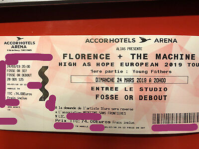 Florence and the Machine High as Hope Tour Accorhotel Arena Bercy Fosse Or
