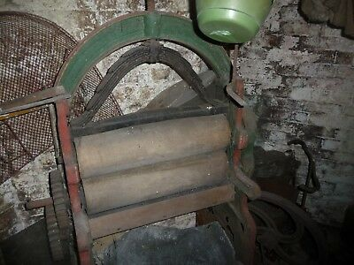 cast iron Mangle very large wooden rollers Sarson Aylesbury