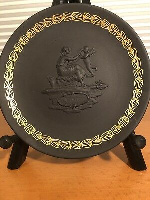 "BLACK WEDGEWOOD JASPERWARE Mother Plate  6 1/4"" wide, NO #71, Unique, original"
