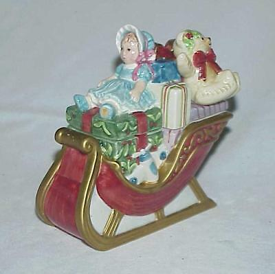 Adorable Fitz & Floyd Essentials Teddy's Christmas Sleigh Covered Candy Dish Box