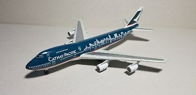 """Cathay Pacific """"spirit Of Hong Kong"""" 747-200 1:400 Scale Diecast Metal Model"""