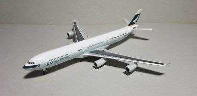 Herpa Wings Cathay Pacific A340-300 1:400 Scale Diecast Metal Model