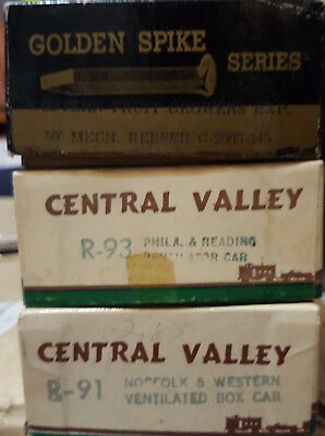 3 Vintage Golden Spike Series And Central Valley Freight Car Kits