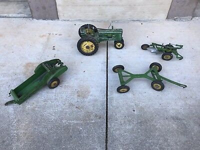4 VINTAGE 50'S 60's JOHN DEERE FARM TRACTOR IMPLEMENT SET PLOW CUTTING SPREADER
