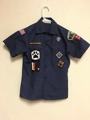 Official BOY SCOUTS OF AMERICA youth MEDIUM cub scout uniform shirt navy