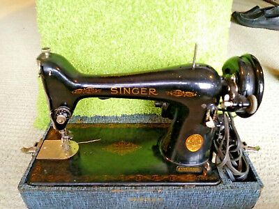 Vintage Singer Sewing Machine Model 66 Alloted Date 1941 W/Case