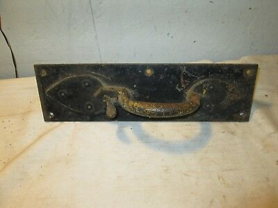 Primitive  Antique  Hand  Forged  Door  Handle  Thumb  Latch..great Latch. Large