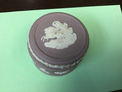 """Vintage Wedgewood China, round trinket or pill box, 1.5"""" wide, good condition Re"""