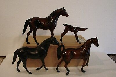 Vintage Hartland Model Horses - Lot of 4 (3 dark bay, 1 black)