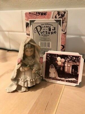 """Kim Anderson Pretty as a Picture 1997 """"Promises of Love"""" figurine"""