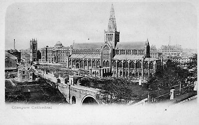 Scotland early unused black & white postcard of  Glasgow Cathedral pub unknown