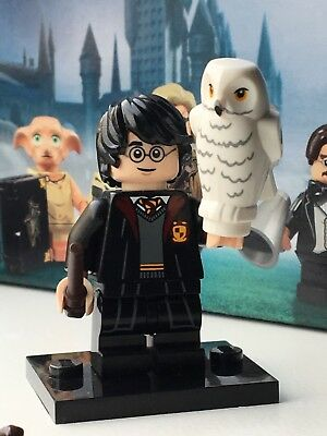 LEGO Harry Potter in School Robes Minifigure SEALED BAG 71022 owl, minifig #1