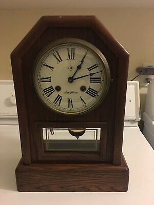 VINTAGE SETH THOMAS COUNTRY COTTAGE #1209 A206 (Does Not Run)MANTLE CLOCK