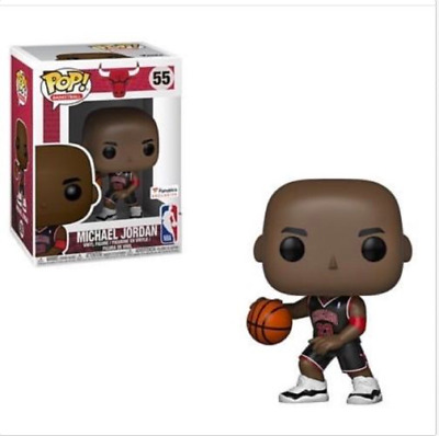 Funko POP NBA  Michael Jordan Fanatics Exclusive Preorder #55 + POP PROTECTER