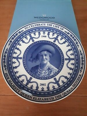 Wedgwood Queen's Ware Plate: Commemorate Life Of The Queen Mother 1900 To 2002